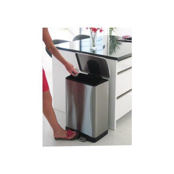 Rozsdamentes hulladéktároló kivehető betéttel 20 l, 365x320x445 mm