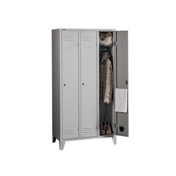 Hosszúajtós öltözőszekrény 3 ajtós